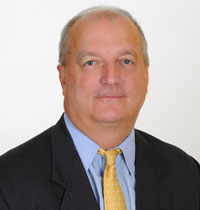 Image of R. Scott Long, a WV civil litigation attorney who combines deep experience with a competitive drive and common sense to get real results for his clients. Contact Scott when you need a personal injury, wrongful death, medical malpractice, toxic tort, or product liability attorney in WV.