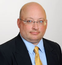 Image of H. Jerome Sparks, an experienced WV toxic tort lawyer and products liability attorney, providing legal defense to businesses in West Virginia (WV), Kentucky (KY), and Pennsylvania (PA).